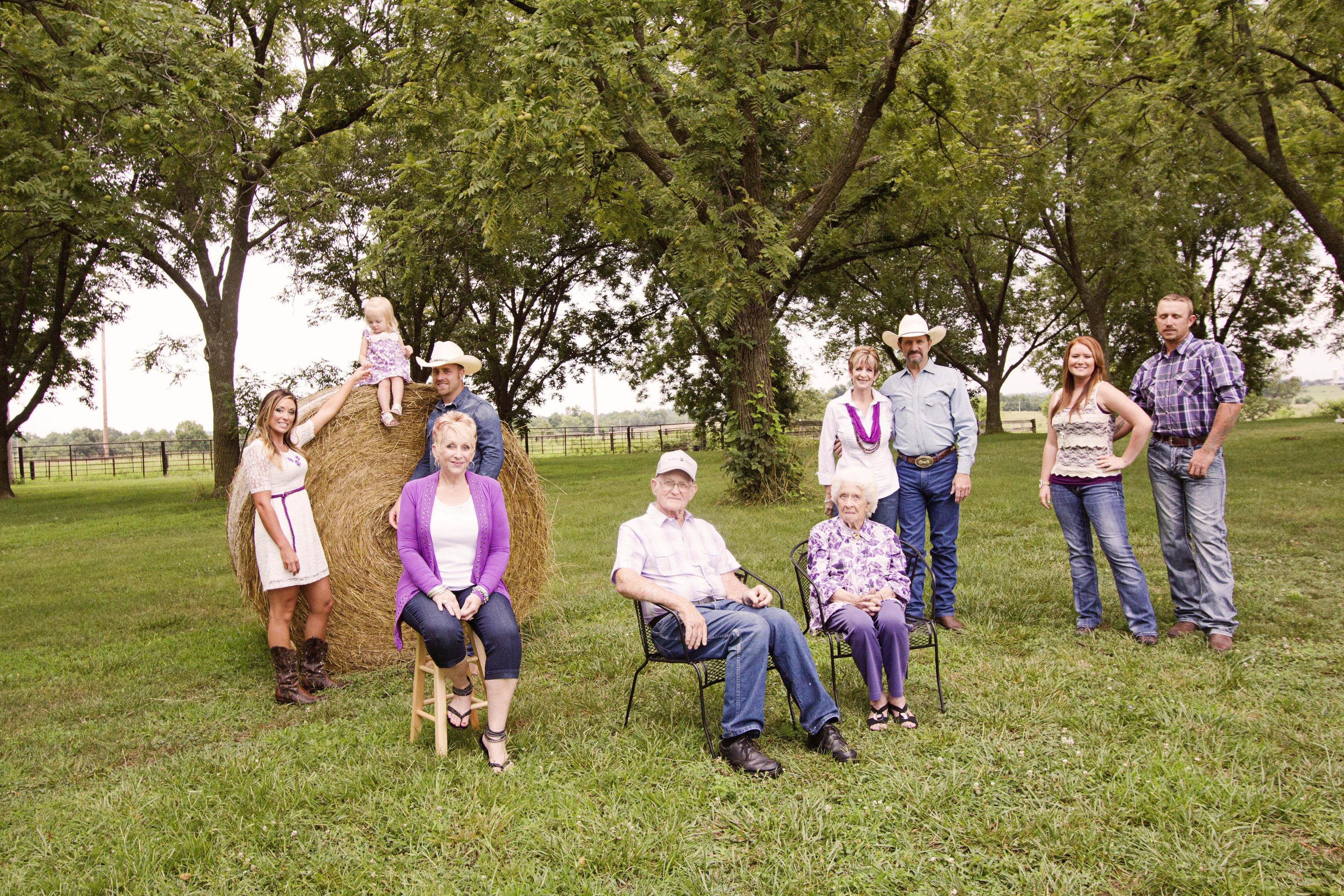 This is the Murray and William Family – without all of this crew we wouldn't have the wonderful puppies that we do.